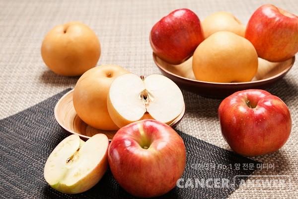 가을이 제철인 사과와 배는 면역력을 높여 암을 예방하는 데 도움이 주는 것으로 알려졌다./게티이미지뱅크